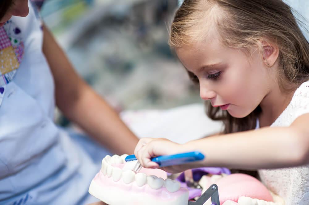 Kako naviknuti dete na stomatologa?