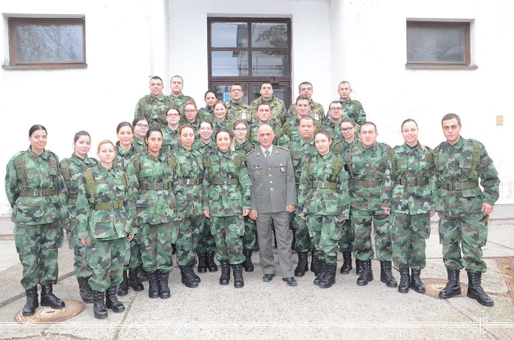 Наставак обуке професионалних војника санитетске службе