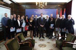 Мировић најавио додатних милијарду динара за опремање здравствених установа у Војводини