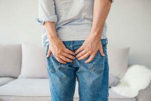 Хемороиди: Зошто се појавуваат и како се лекуваат?